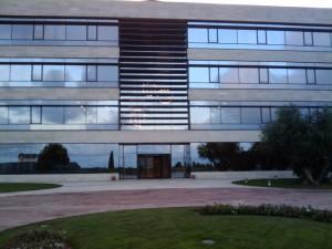 Espectacular edificio del complejo del IESE